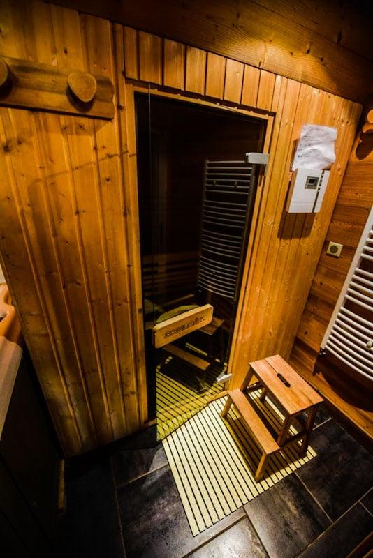 The sauna at l'appartement Alpe at l'Alpe d'Huez