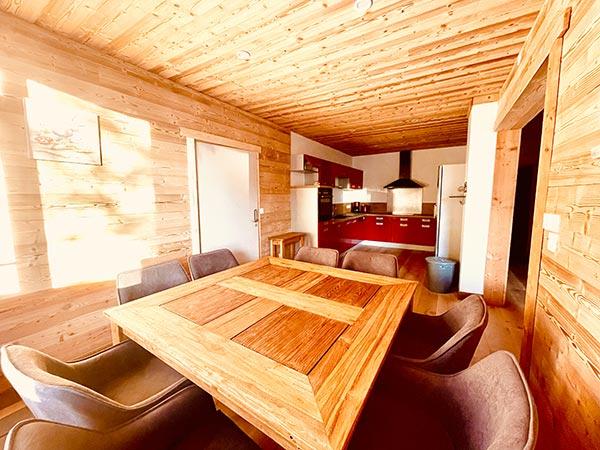 Typisches Holz-Bergchalet in l'Wohnung Huez in l'Alpe d'Huez 1850 M