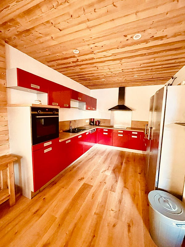 Muy hermoso y gran cocina totalmente equipada l'Huez apartamento en l'Alpe d'Huez 1850 M ubicación ideal