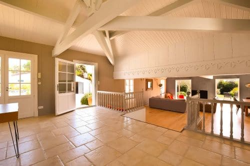Very beautiful, spacious, bright main entrance of the Villa Mer in Sainte Marie de Ré on l'Ile de Ré